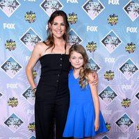 Jennifer Garner y Kyle Rogers en la alfombra roja de los Teen Choice Awards 2016