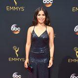 America Ferrera en la alfombra roja de los Emmy 2016
