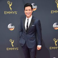 Mario Lopez at the Emmys 2016 red carpet