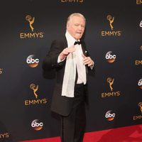 Jon Voight at the Emmys 2016 red carpet