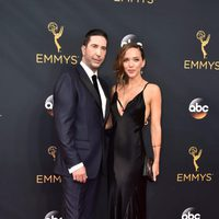David Schwimmer and Zoe Buckman at the Emmys 2016 red carpet