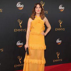 Mandy Moore en la alfombra roja de los Emmy 2016