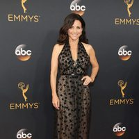 Julia Louis-Dreyfus at Emmy 2016 red carpet