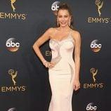 Sofia Vergara en la alfombra roja de los Emmy 2016