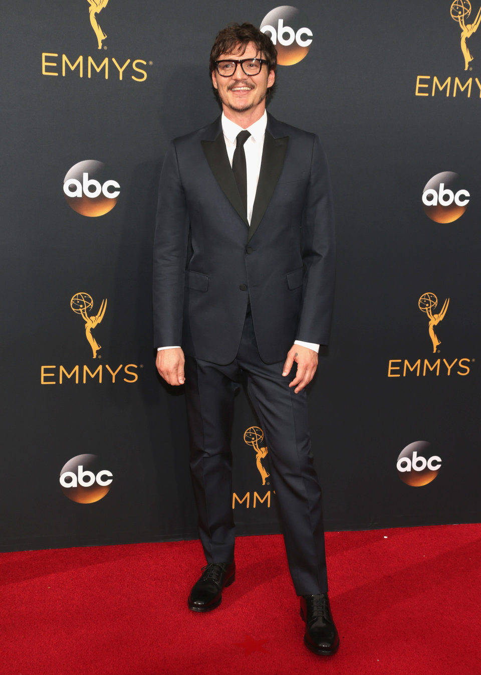 Pedro Pascal at Emmy 2016 red carpet