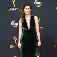Kathryn Hahn at Emmys 2016 red carpet