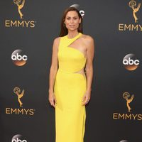 Minnie Driver at Emmys 2016 red carpet