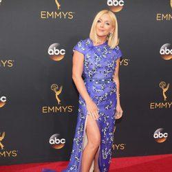 Jane Krakowski en la alfombra roja de los Emmy 2016
