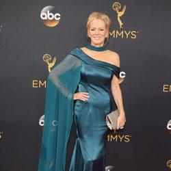 Jean Smart en la alfombra roja de los Emmy 2016