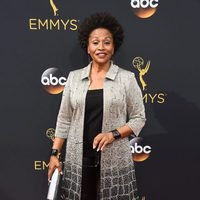 Jennifer Lewis at Emmys 2016 red carpet