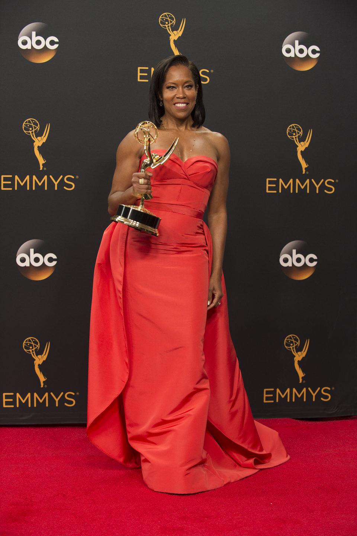 Regina King tras la ceremonia de los Emmy 2016