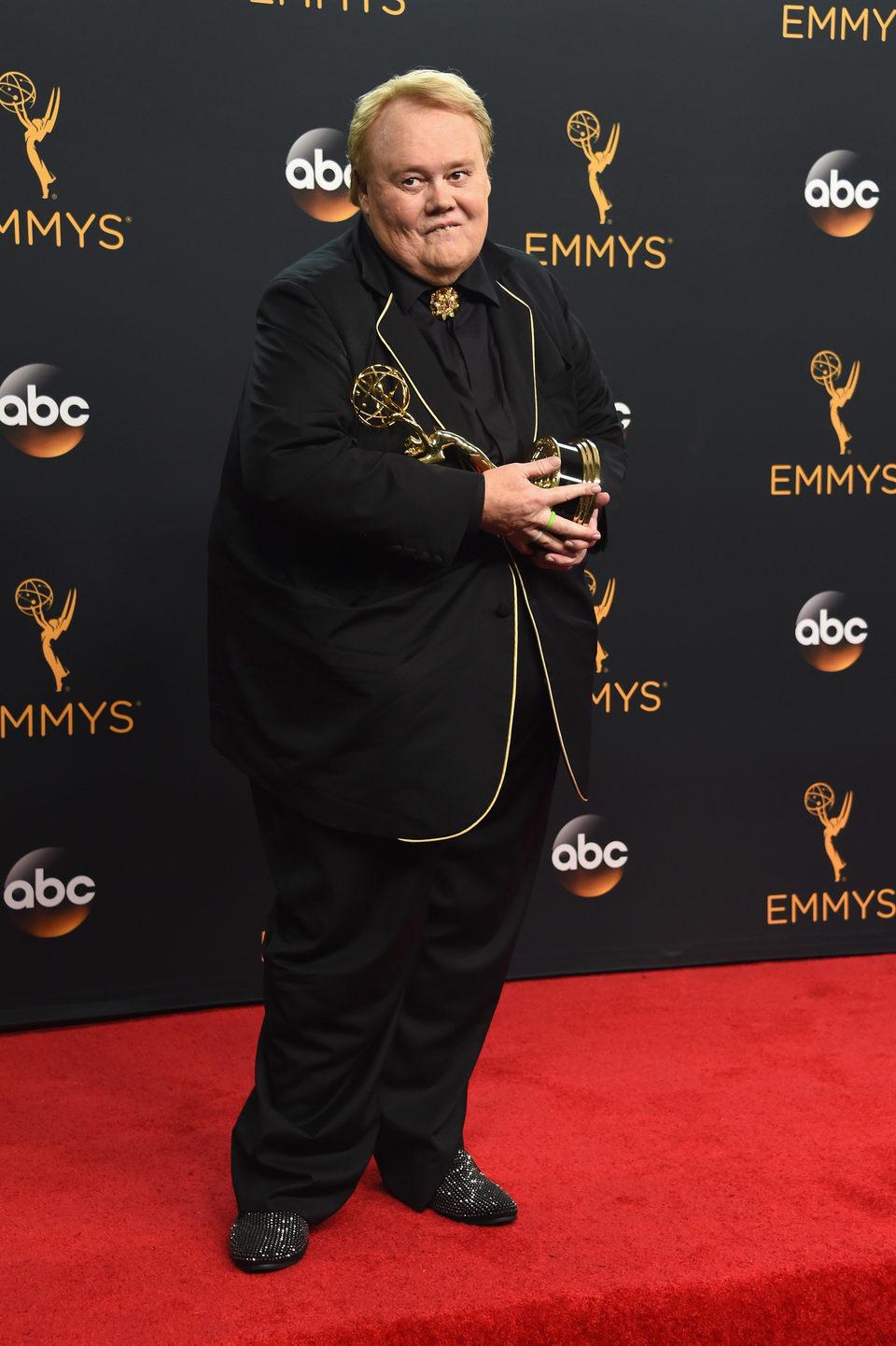 Louie Anderson tras la ceremonia de los Emmy 2016