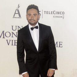 Juan Antonio Bayona en la premiere de 'Un monstruo viene a verme'