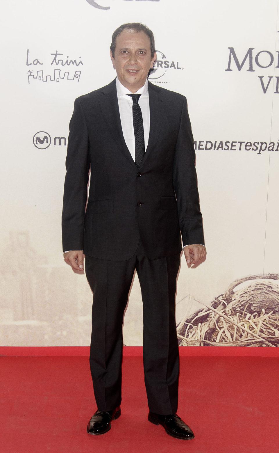 Luis Callejo en la premiere de 'Un monstruo viene a verme'