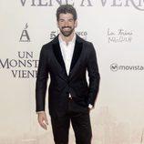 Miguel Ángel Muñoz en la premiere de 'Un monstruo viene a verme'