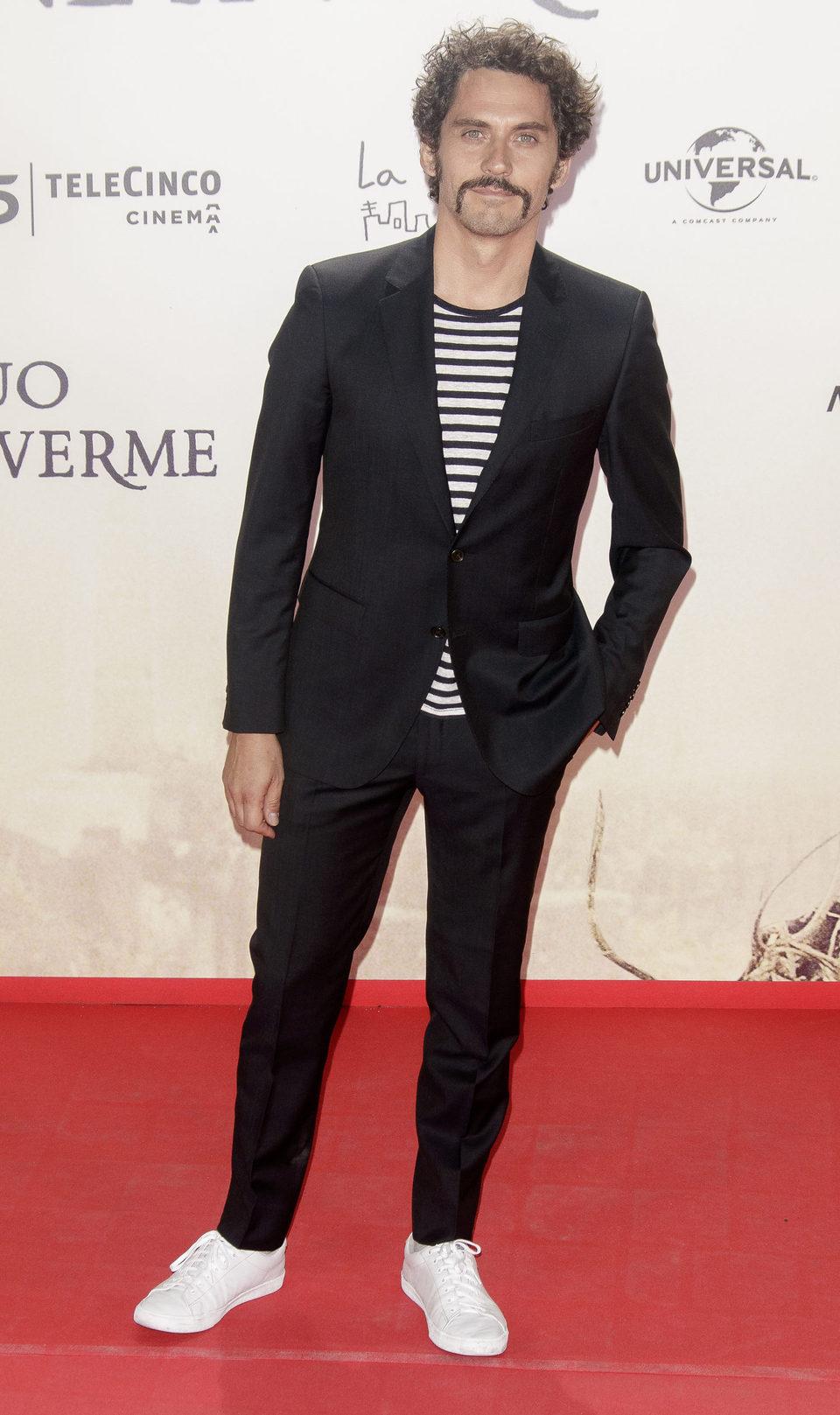 Paco León en la premiere de 'Un monstruo viene a verme'