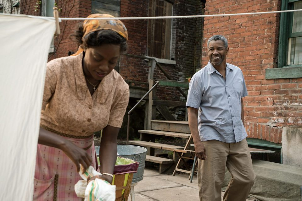 Fences, fotograma 3 de 22