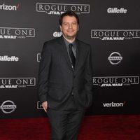 Gareth Edwards, el director de 'Rogue One', posa en la presentación del filme
