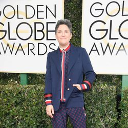 Jill Soloway en la alfombra roja de los Globos de Oro 2017
