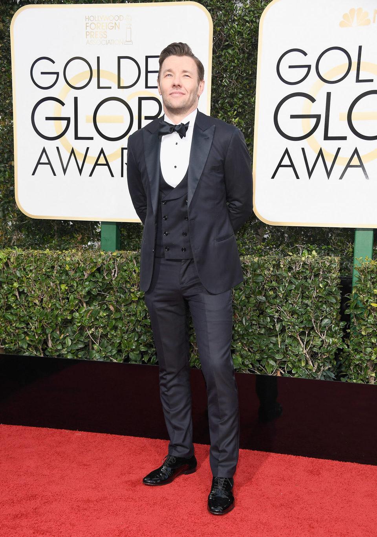 Joel Edgerton posa en la alfombra roja de los Globos de Oro 2017