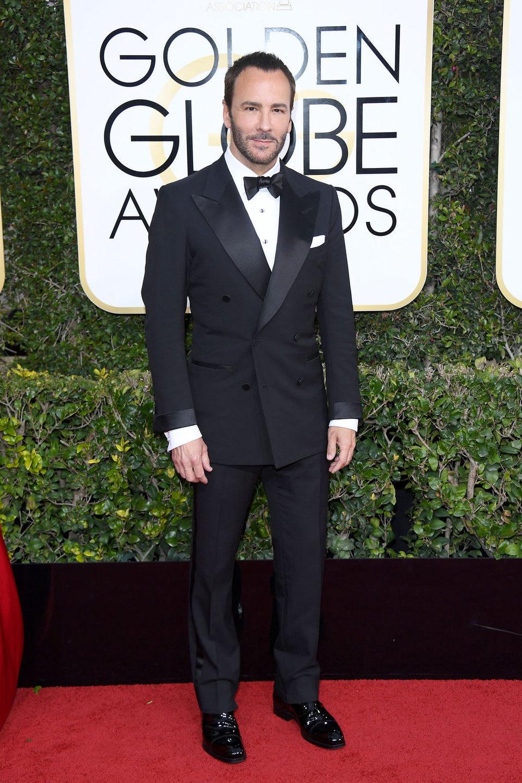 Tom Ford posa en la alfombra roja de los Globos de Oro 2017