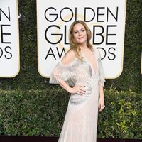Drew Barrymore at Golden Globes 2017 red carpet