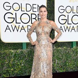 Sofia Vergara en la alfombra roja de los Globos de Oro 2017