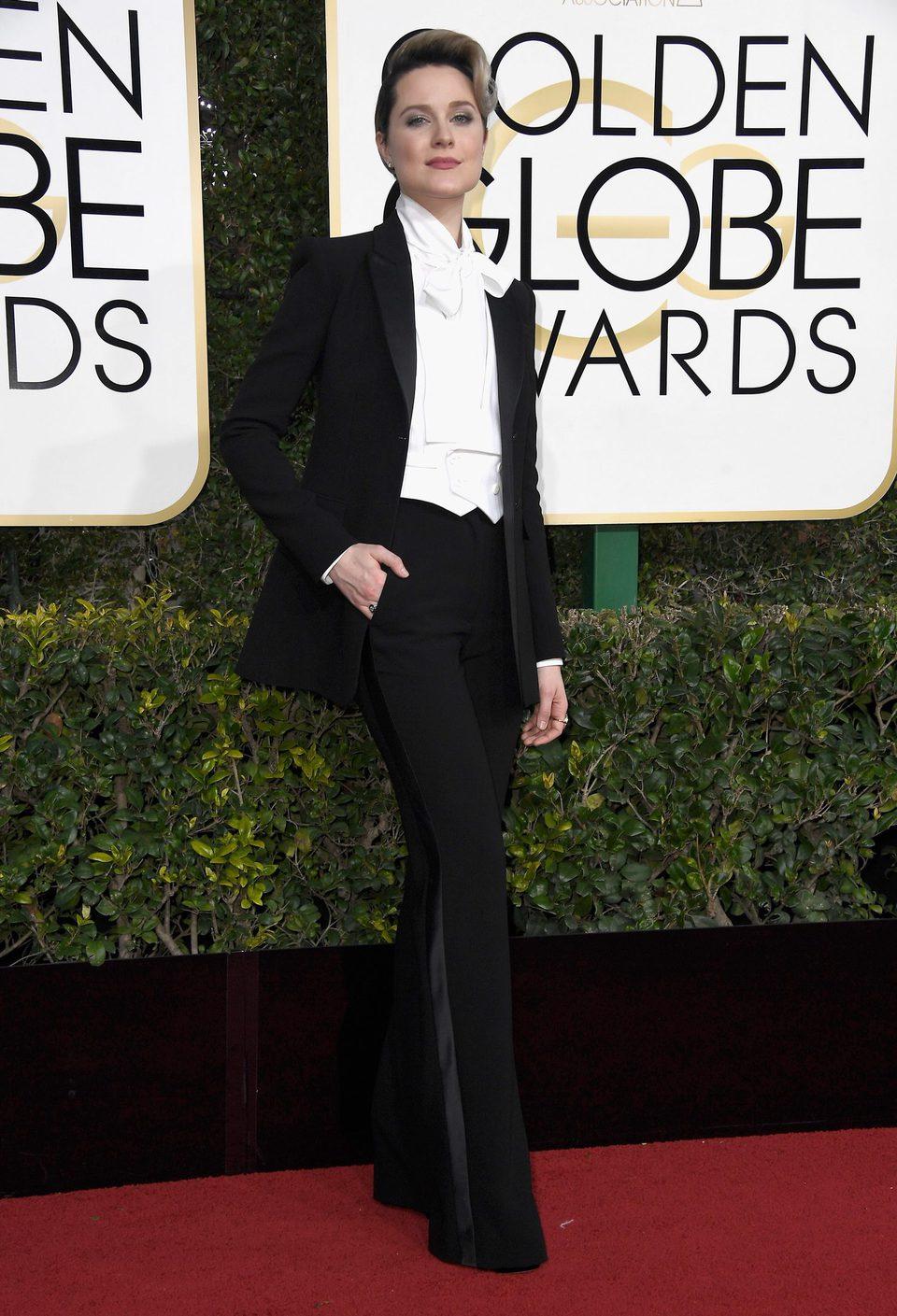 Evan Rachel Wood en la alfombra roja de los Globos de Oro 2017