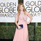 Connie Britton en la alfombra roja de los Globos de Oro 2017
