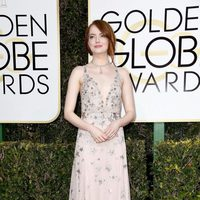 Emma Stone at Golden Globes 2017 red carpet