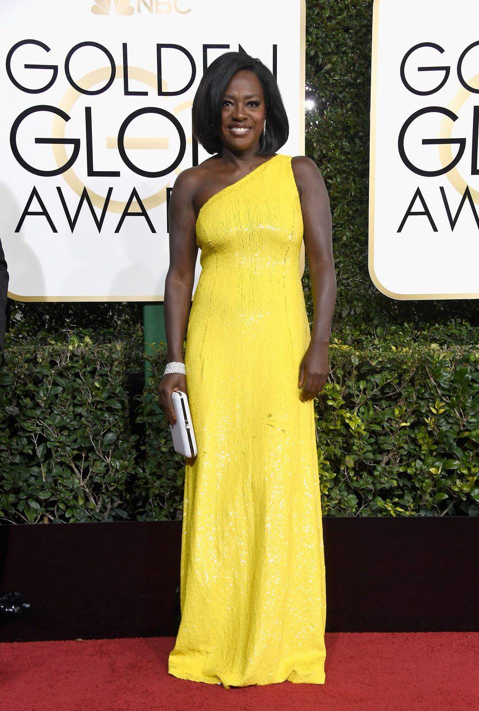 Viola Davis en la alfombra roja de los Globos de Oro 2017