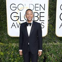 John Legend at Golden Globes 2017 red carpet
