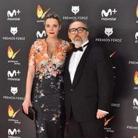 Alex de la Iglesia y Carolina Bang en la alfombra roja de los Premios Feroz 2017