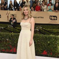 Kirsten Dunst on the red carpet of SAG Awards 2017