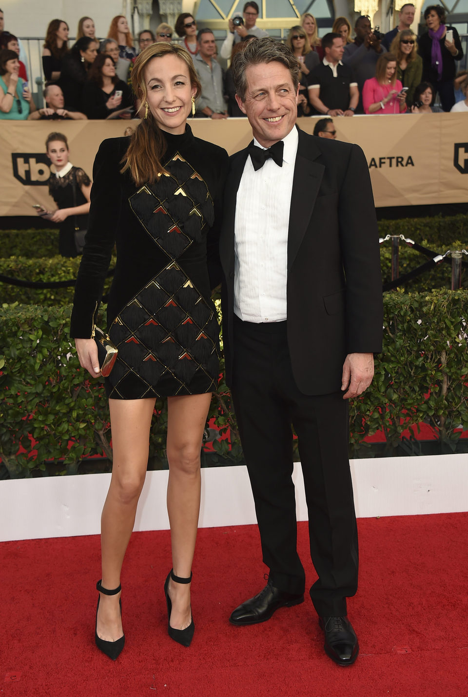 Hugh Grant and Anna Eberstein on the red carpet of SAG Awards 2017