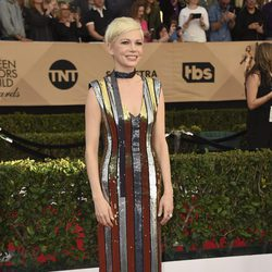Michelle Williams en la alfombra roja de los SAG Awards 2017