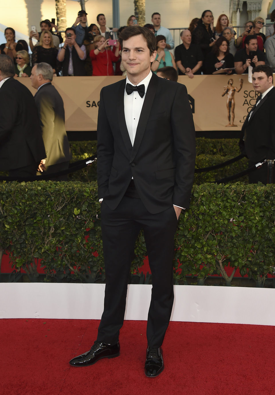 Ashton Kutcher en la alfombra roja de los SAG Awards 2017