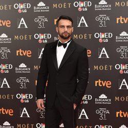 El actor Jesús Castro en la alfombra roja de los Goya 2017