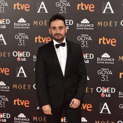 El director Juan Antonio Bayona, nominado a Mejor director, en la alfombra roja de los Premios Goya 2017