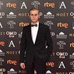 El actor  Emilio Palacios en la alfombra roja de los Premios Goya 2017