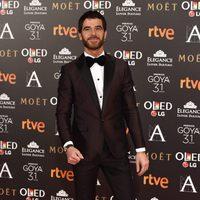 El director Alfonso Bassave en la alfombra roja de los Premios Goya 2017