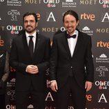 Los políticos Alberto Garzón y Pablo Iglesias en la alfombra roja de los Premios Goya 2017