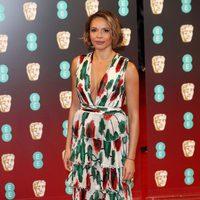 Carmen Ejogo posando en la alfombra roja de los BAFTA 2017