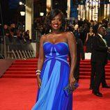La nominada a Mejor Actriz de Reparto, Viola Davis, en la alfombra roja de los BAFTA 2017