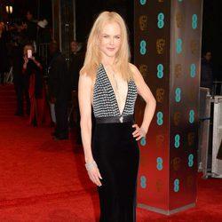 La nominada a Mejor Actriz de Reparto, Nicole Kidma, en la alfombra roja de los BAFTA 2017