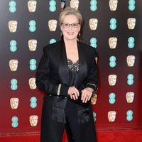 Meryl Streep posa en la alfombra roja de los BAFTA 2007