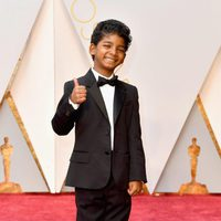 Sunny Pawar at the Oscars 2017 red carpet