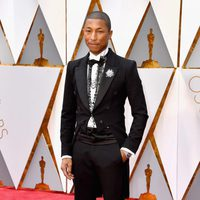 Pharrel Williams at the red carpet of the Oscar 2017