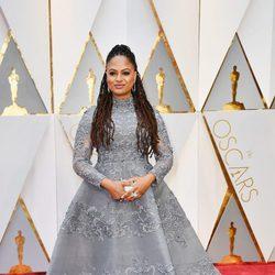 Ava Duvernay en la alfombra roja de los Premios Oscar 2017