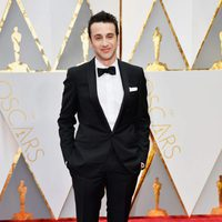 Justin Hurwitz at the Oscars 2017 red carpet